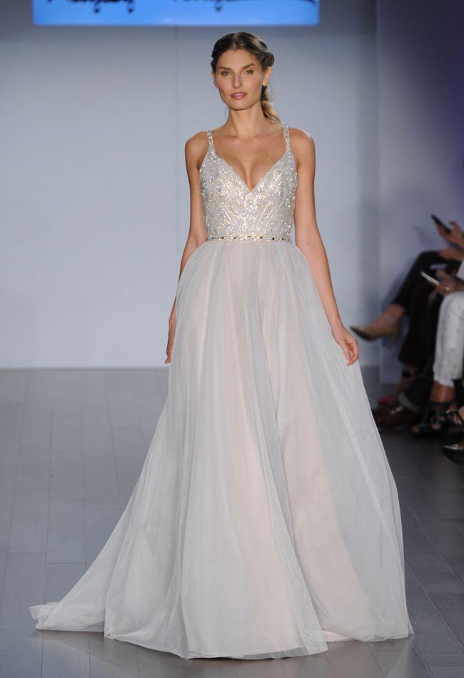 Свадьба - Sleeveless Wedding Gown Inspiration