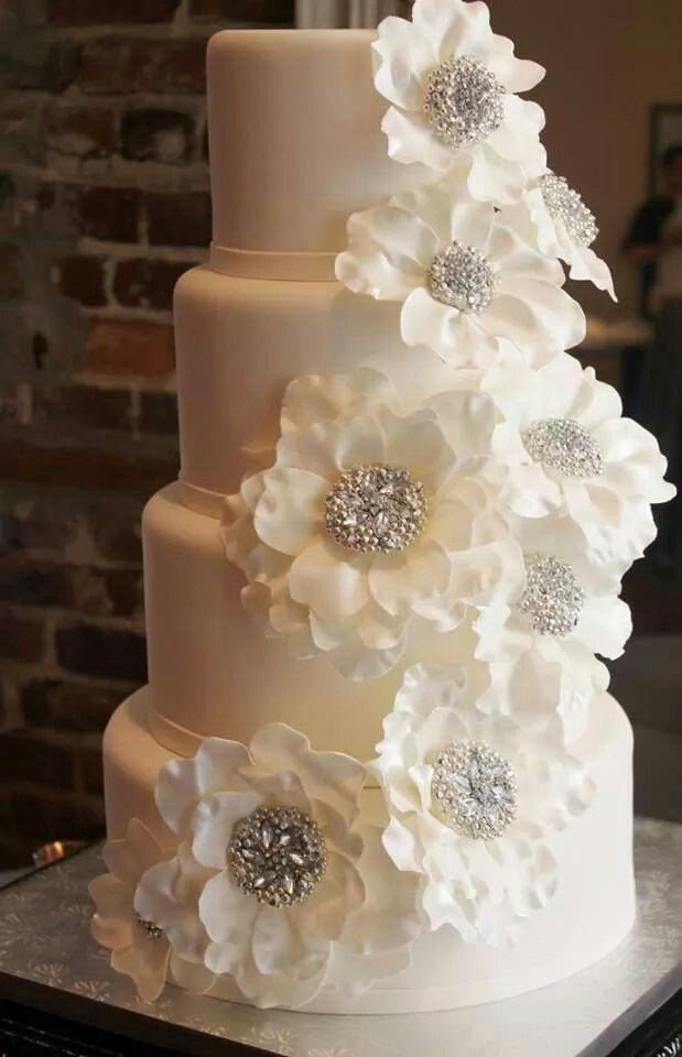 Gold Wedding - White & Gold Wedding Cakes #2184125 - Weddbook