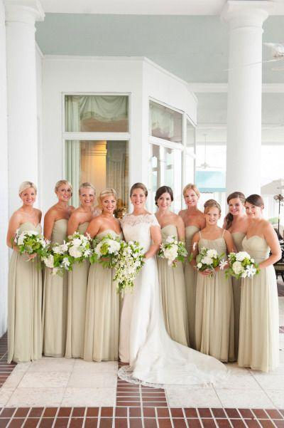 Jacksonville wedding at timuquana country club from agnes for Wedding dress jacksonville fl