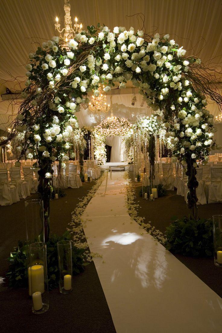 Mariage - Style The Aisle: Incredible Indoor Ceremonies