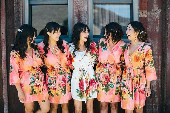 Свадьба - Bridesmaids Robes. Set Of 5. Kimono Crossover Robe. Bridesmaids Gifts. Getting Ready Robes. Bridal Party Robes. Floral Robes. Dressing Gown