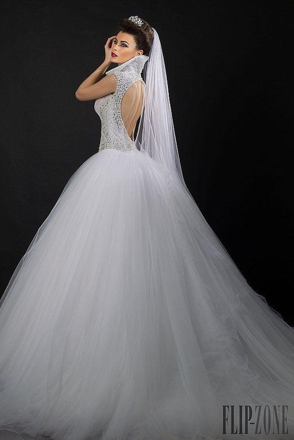 Boda - Backless Wedding Gowns