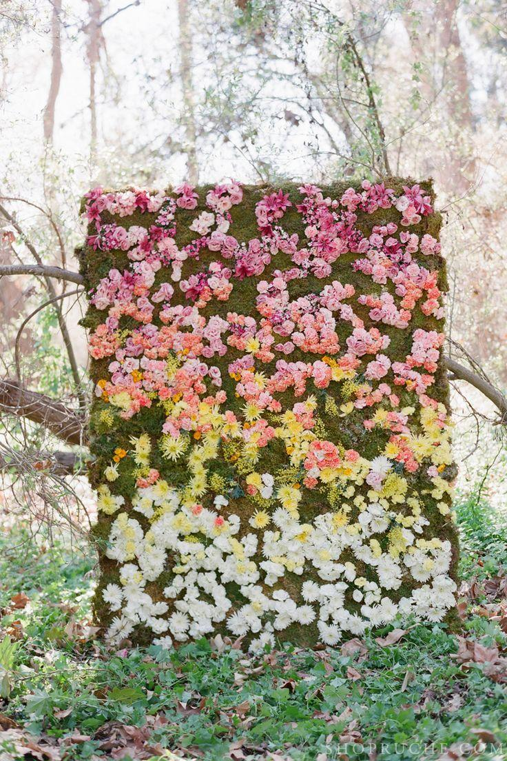 Amazing Flower Wall A Unique Photobooth Backdrop Place For Escort
