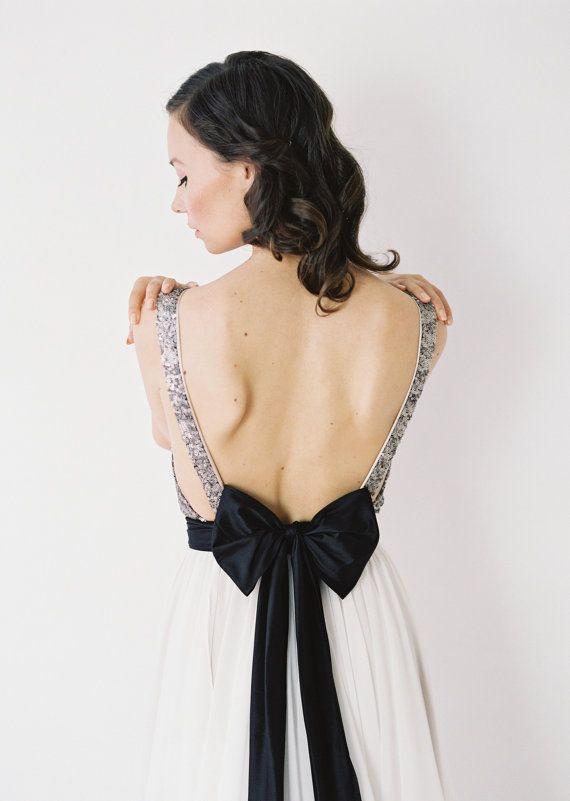 Свадьба - Julia // Silver Sequinned, Backless Wedding Dress