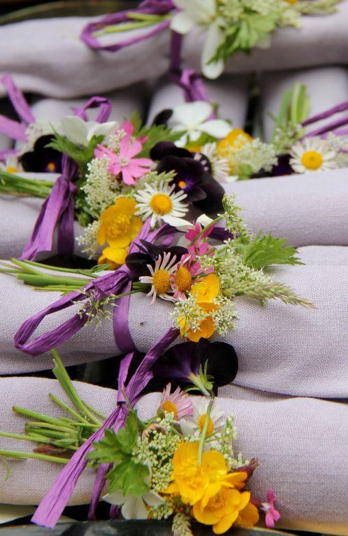 Свадьба - Folded Napkins