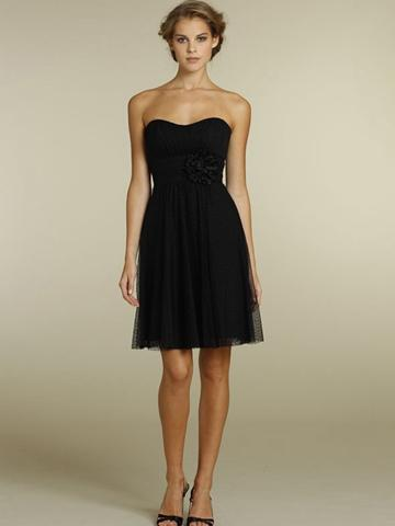 Black Point Strapless Knee Length Bridesmaid Dress With Flower