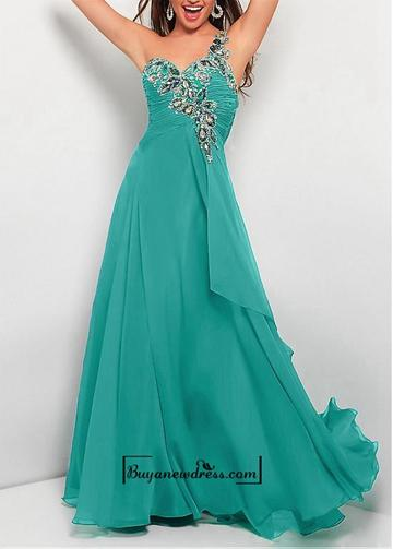 Mariage - Alluring Chiffon A-line One Shoulder Neckline Ruched Floor Length Prom Gown With Beadings
