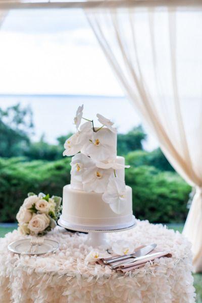 Hochzeit - Elegant Jamestown Summer Wedding