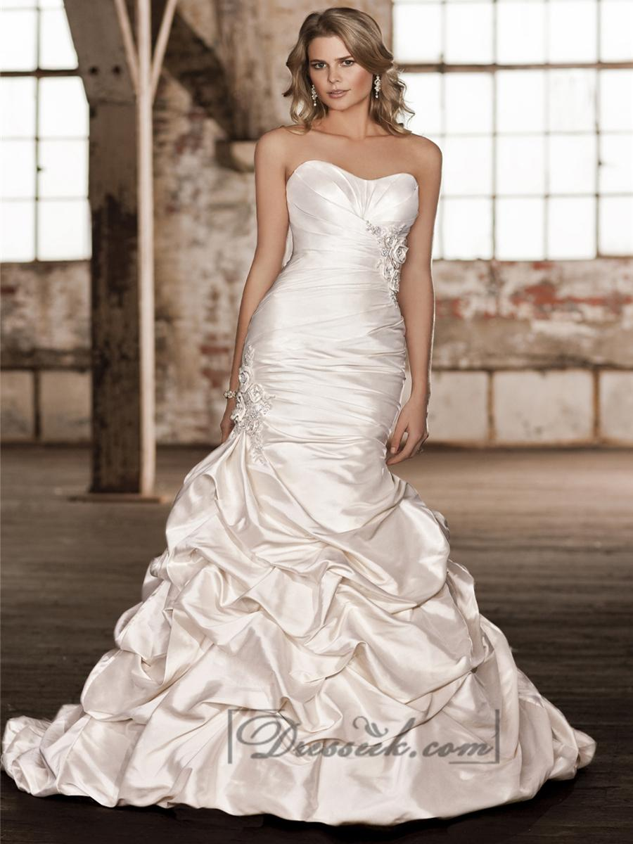 Strapless ruched sweetheart bodice trumpet wedding dresses for Trumpet skirt wedding dress