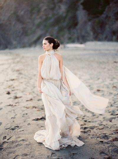 Hochzeit - Romantic Bridal Inspiration At Cuffey's Cove