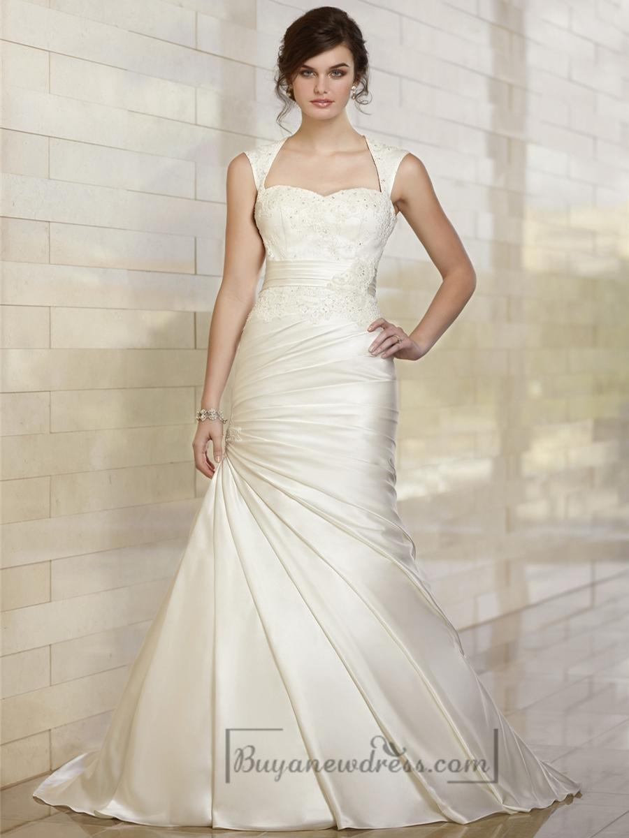 Luxury trumpet queen anne neckline wedding dresses with for Queen anne neckline wedding dress