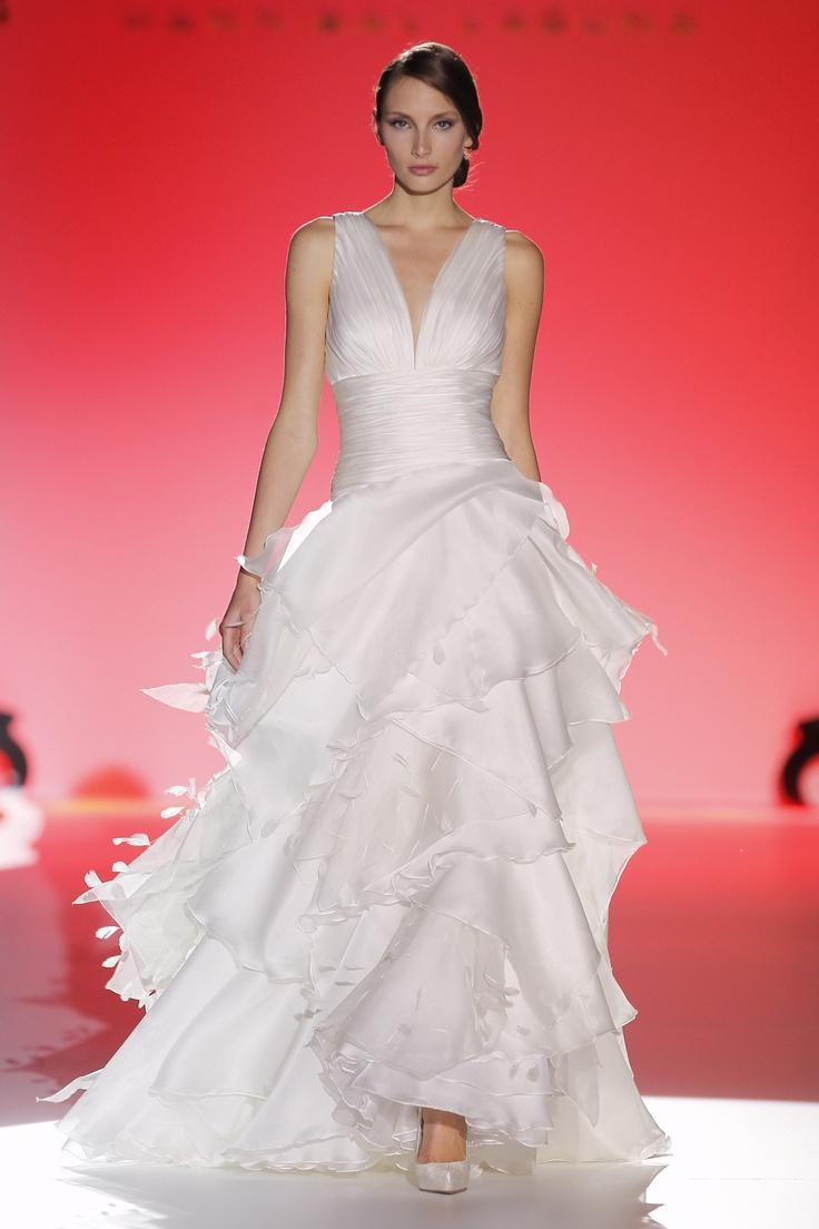 Mariage - Sleeveless Wedding Gown Inspiration