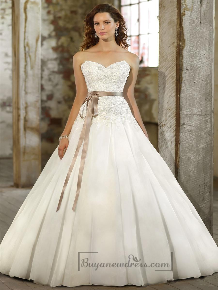Свадьба - Sweetheart A-line Beaded Bodice Wedding Dresses with Pleated Skirt