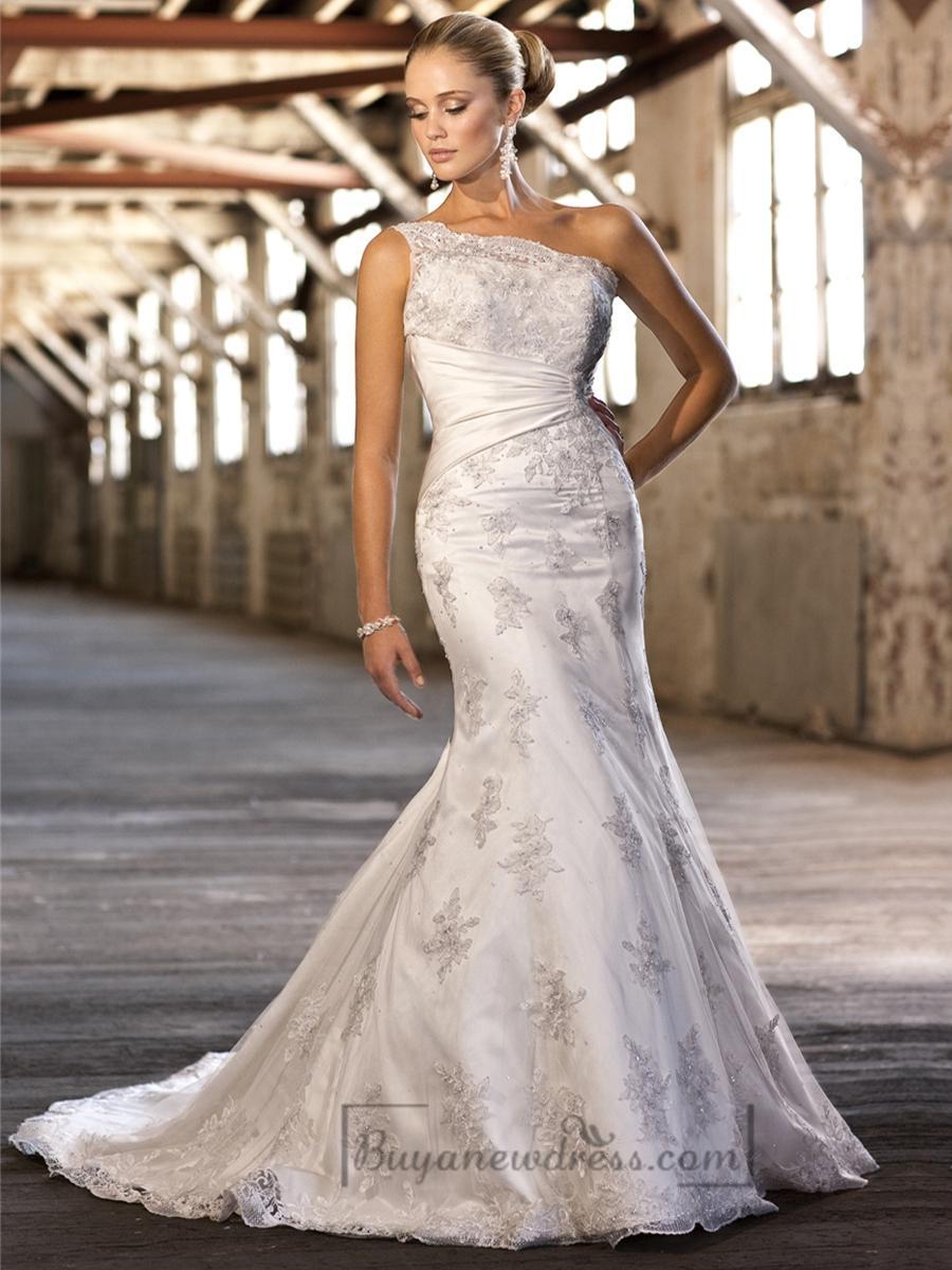 Lace appliques one shoulder trumpet wedding dresses for Lace one shoulder wedding dress