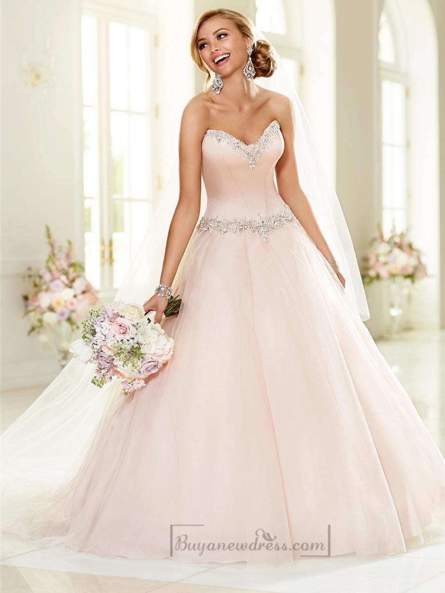 Elegant Beaded Sweetheart Neckline Ball Gown Wedding Dresses