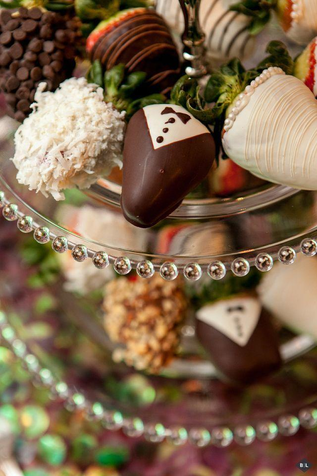 Hochzeit - Chocolate peanut butter strawberries