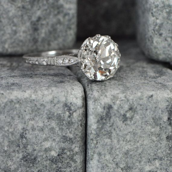 Mariage - Vintage Diamond Solitaire Engagement Ring - Antique And Estate Ring