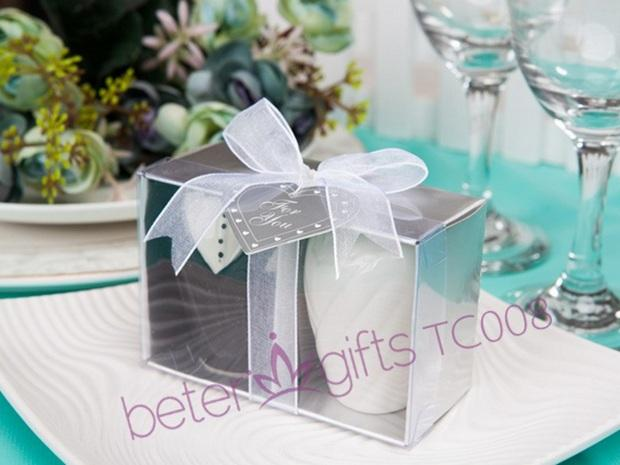 Mariage - BeterWedding Bride and Groom Salt and Pepper Shakers Wedding Gifts