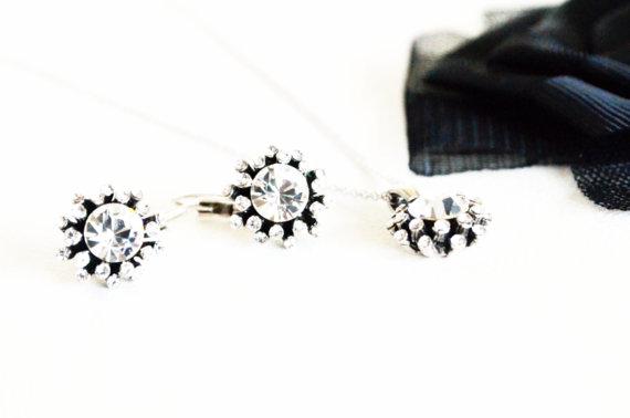 Mariage - #bridal #bridesmaids #wedding #jewelryset #artdeco #clearcrystal #rhinestone #necklace #earrings  #chic