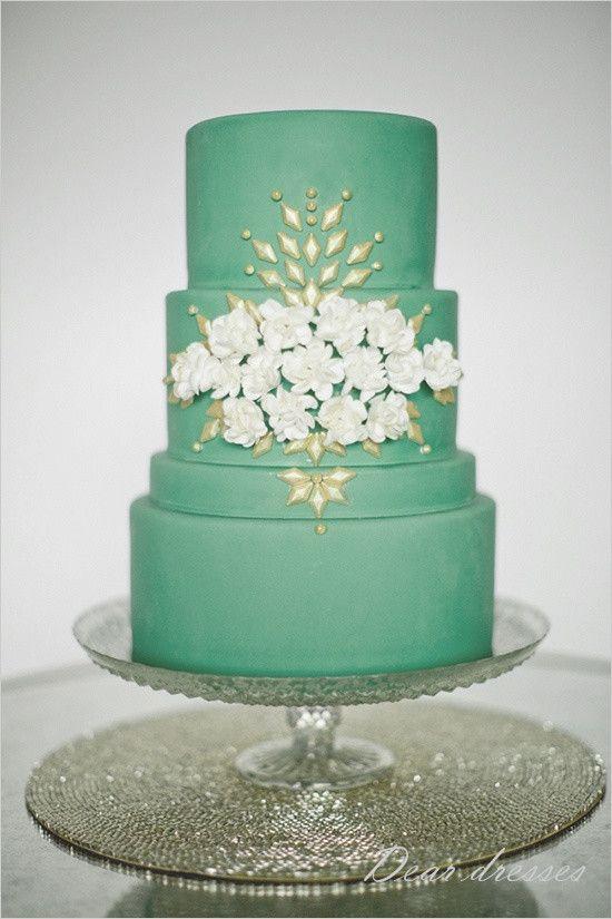Green Wedding Modern Wedding Cakes 2204542 Weddbook