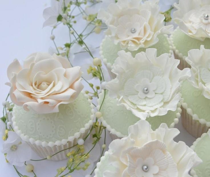 Свадьба - Fancy Cupcakes & CakePops