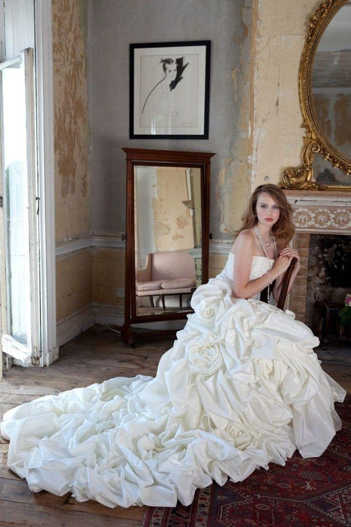Свадьба - Gorgeous Alan Hannah Wedding Dresses