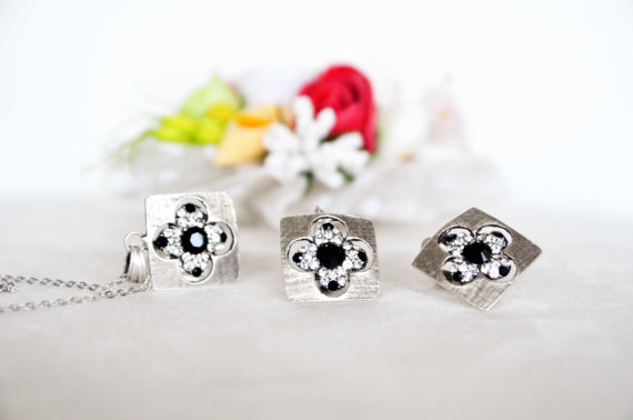 Свадьба - art deco clear crystal black swarovski rhinestone necklace earrings wedding jewelry bridal jewelry bridesmaids jewelry set