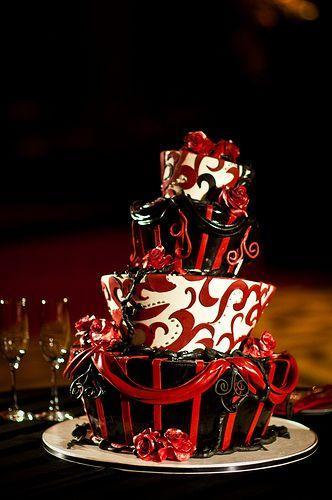 زفاف - Rachel & Matt's Moulin Rouge Meets Tim Burton Wedding