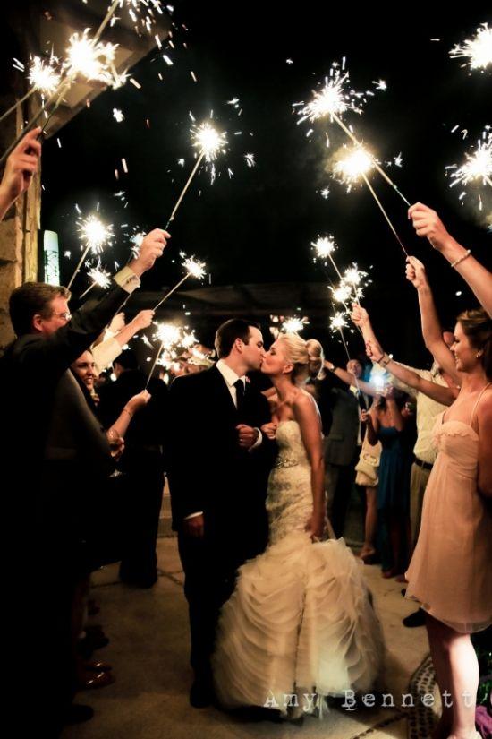 زفاف - A Destination Wedding And Love Ophelia Robes