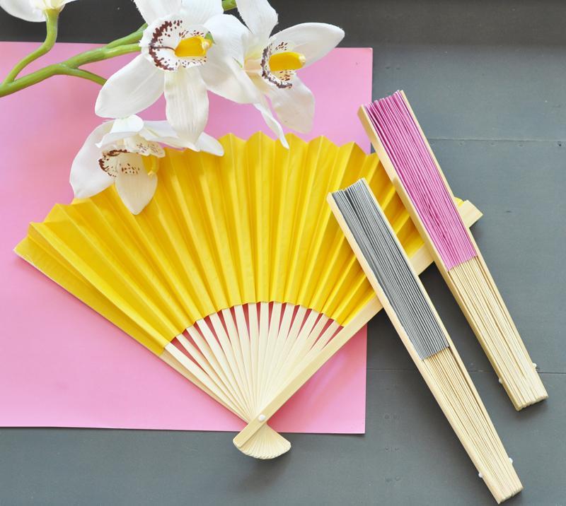 Boda - Colored Paper Fans