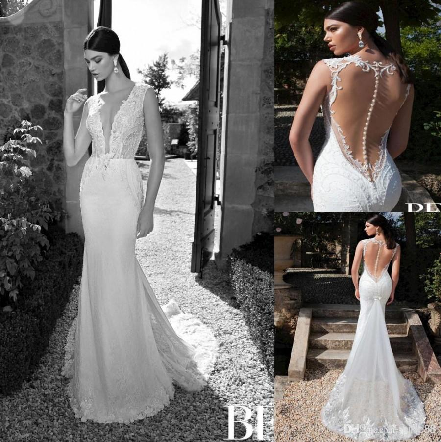 Vintage backless lace wedding dresses for Vintage backless wedding dresses