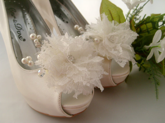 bae5f95af Vintage inspired bridal shoe clips lace bridal shoe clips shoe jewelry flower  shoe clips bridal shoe clips wedding accessory