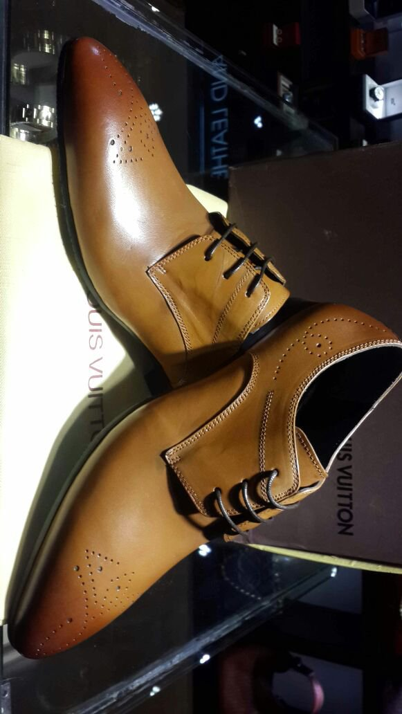 Louis VUITTON Mens LV Dress Tan Brown Leather Shoes