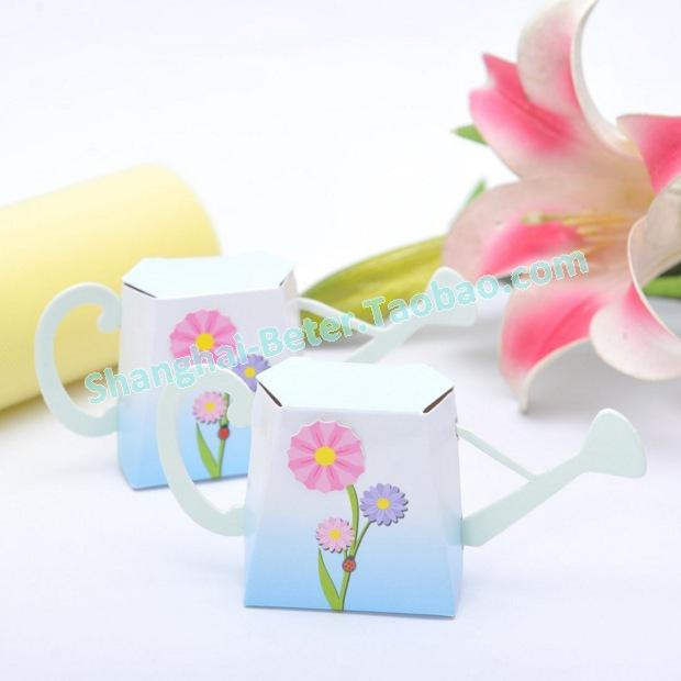 "Mariage - ""English Garden"" Watering Can Favor Box"