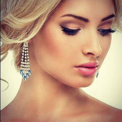 Свадьба - Ideal Wedding Hairstyles And Makeup Ideas For Blondes
