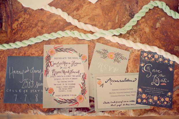 Hochzeit - Green Wedding Shoes: An Ultra Stylish Boho Wedding With Subtle Vintage Vibe
