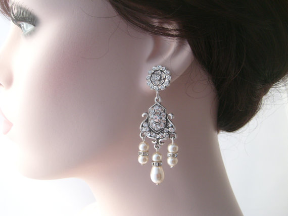 Boda - Bridal chandelier earrings-Vintage inspired Art deco rhinestone earrings-Swarovski crystal rhinestone chandelier earrings-Wedding jewelry