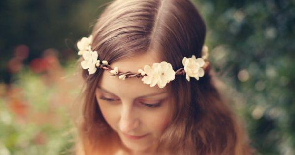 Свадьба - Bridal Hair Crown, Autumn Wedding Wreath, Flower Head Piece, Boho Garland, Harvest Head Wreath, Ivory Floral Circlet - MAIDEN