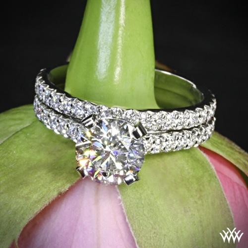 "Свадьба - Platinum ""Elena"" Diamond Engagement Ring And Wedding Ring"