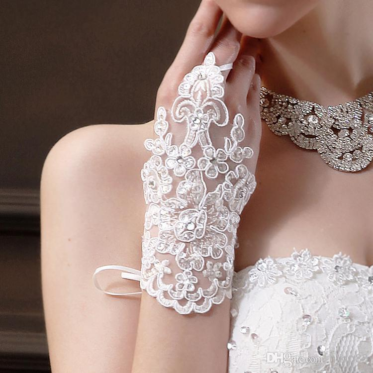 Wedding - 2014 New Beautiful Bridal Accessories Lace Bridal Gloves White/Ivory Online with $6.29/Pair on Hjklp88's Store