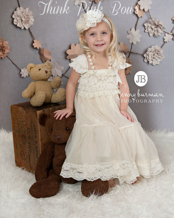 Nozze - flower girl dress, petti lace dress,baptims dress,Christmas dress,Birthday dress,Ivory lace dress,Bithday outfit,Ivory girl dress,baby dress