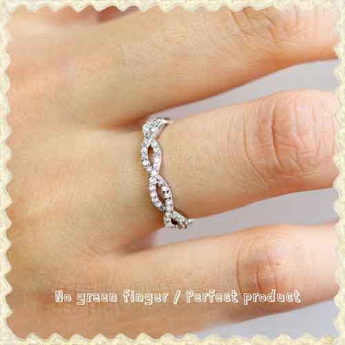 Свадьба - Pure White infinity Ring/ Cubic Zirconia/ Wedding/ Engagement/ Eternity/bridesmaid Band.
