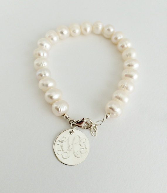 زفاف - Monogram Freshwater Pearl Bracelet with Sterling Silver for Bridal Bridesmaid Present