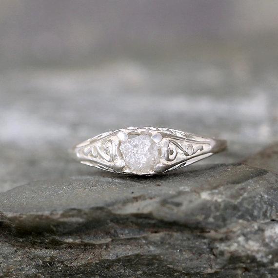 زفاف - Antique Style Raw Diamond Engagement Ring - Rough Uncut Rough Diamond Gemstone and Sterling Silver Filigree Ring  - April Birthstone