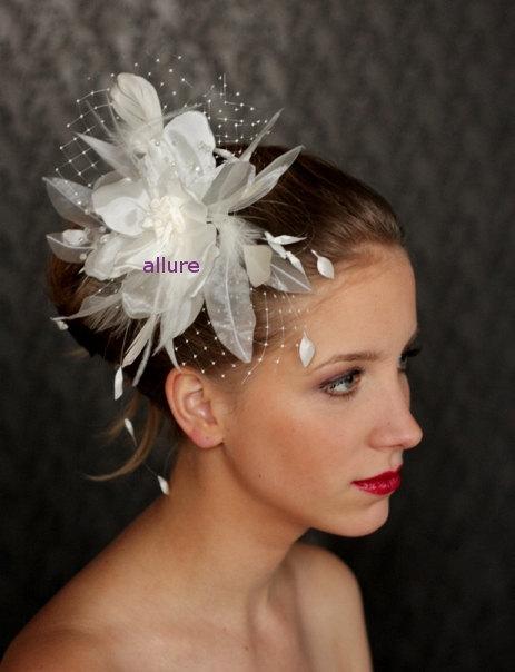 Свадьба - Wedding  HAIR FLOWER with veil, fabulous wedding head piece, hairdress, beautifull flower, feathers and crystals