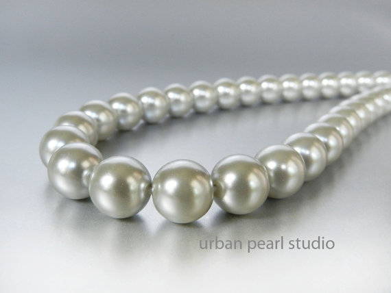 Свадьба - Gray Pearl Dog Collar, Silver Gray Pearls, Pearls for Dogs, 10mm Pearl Necklace for Dogs, Dog Pet Weddings,