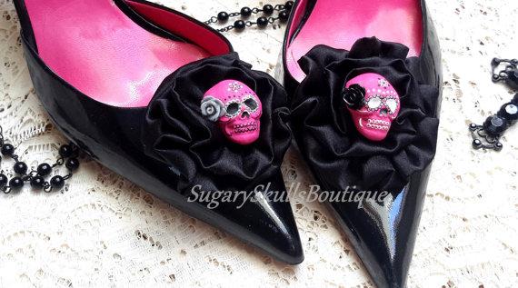 Свадьба - Day of the Dead Shoe Clips, Satin Hair Clip, Wedding Accessories, Dia de Los Muertos, Sugar Skulls ,Steampunk, Stocking Stuffers