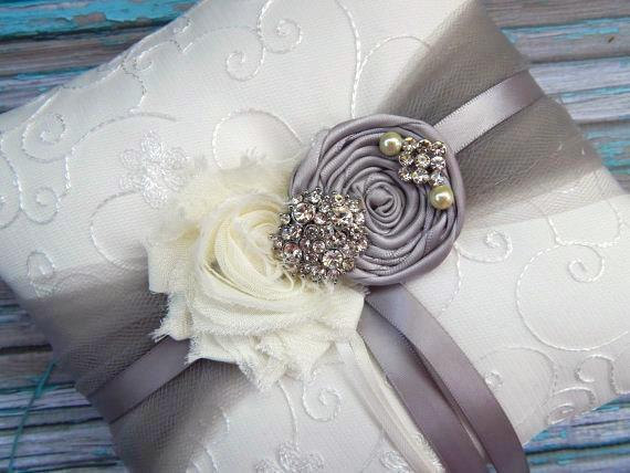 Свадьба - Ring Bearer Pillow  / Grey Ring Bearer Pillow / YOU DESIGN / Silver Grey  Ring Bearer Pillow / Grey Wedding pillow