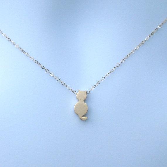 Свадьба - Gold Cat Necklace - Tiny Gold Cat Necklace, Gold Filled Necklace, bridesmaid gifts, gold, yellow, Wedding, Christmas Gift, Animal Jewelry