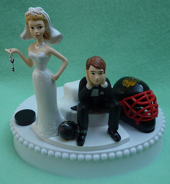 Wedding Cake Topper Chicago Blackhawks Hockey Themed Ball And Chain Key W Bridal Garter Sports Fans Bride Groom Humorous Unique Funny Top